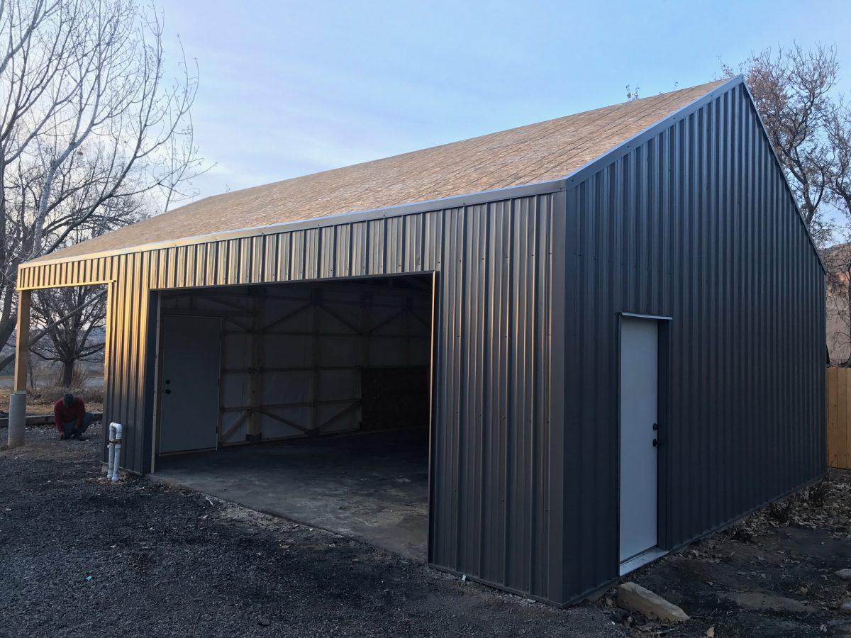24X24X9 - Metal Building Garage